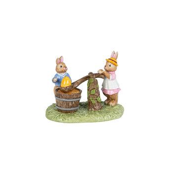 Bunny Tales figura con motivo de pintura de huevos, varios colores