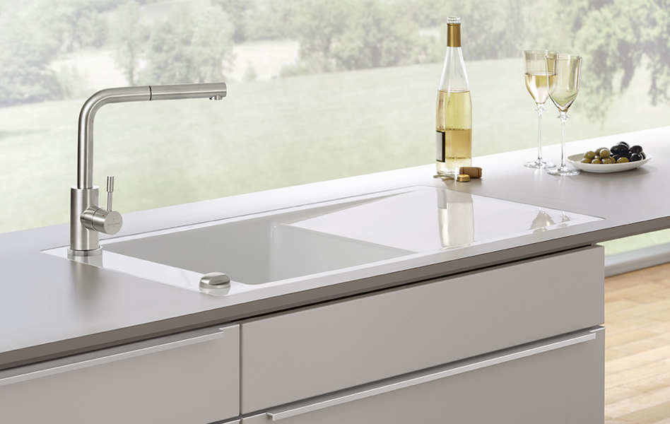el fregadero n cleo de cualquier cocina. Black Bedroom Furniture Sets. Home Design Ideas